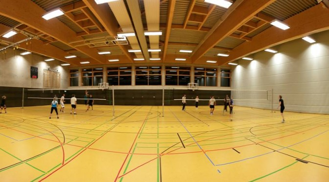 Volleyball-Training in der Halle beim SCR