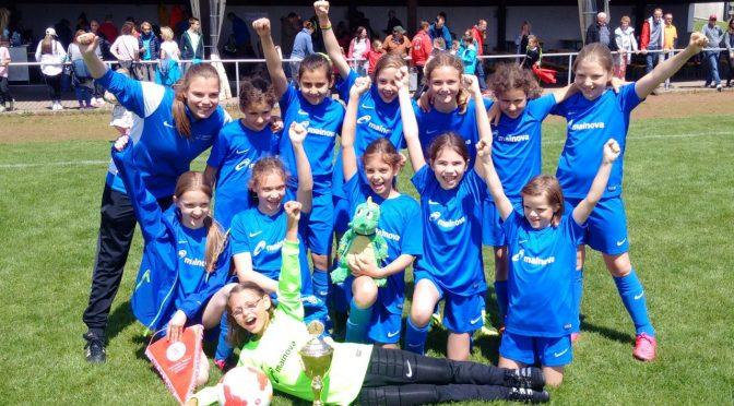 E-Juniorinnen gewinnen auch Regionalpokal