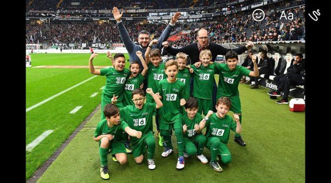 F2 als Einlaufkinder bei Eintracht Frankfurt